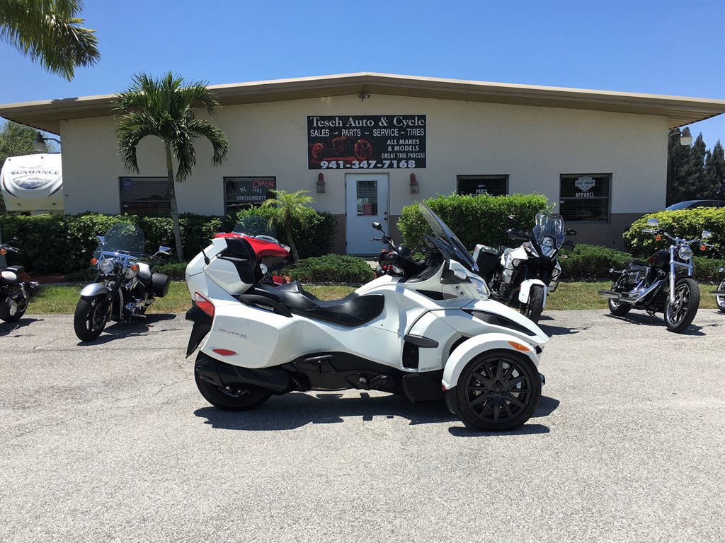 2018 Can Am Spyder Rt Se6 2743n Tesch Auto Cycle It S Time To